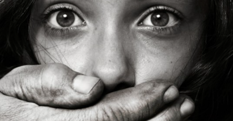 Pädophilie und Menschenhandel by Lembagai KITA - Own work, CC BY-SA 4.0