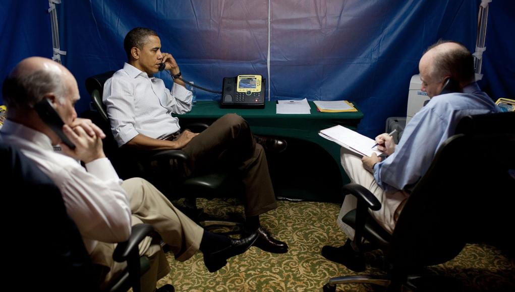 Barak Obama in einer SCIF in seinem Hotelzimer in Rio de Janeiro Foto White House, gemeinfrei