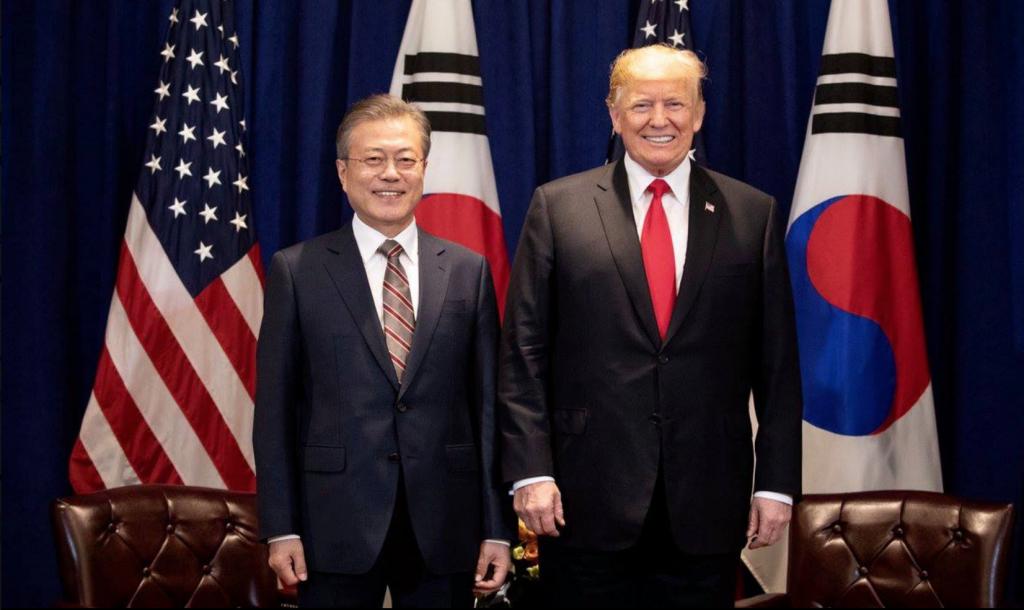 Donald Trump und Ministerpräsident Moon von Südkorea