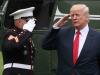 Donald Trump salutiert