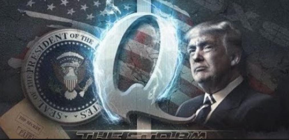 Die Verbindung zwischen Trump und QAnon