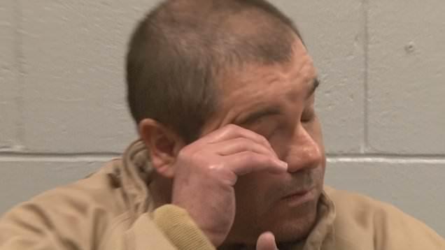El Chapo weint